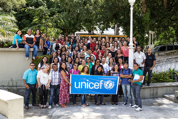 Children in the municipality of Abaetetuba, Para state, which has been accredited with the UNICEF Muncipal Seal of Approval.