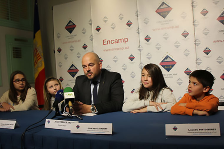 Major of Encamp and members of the Children Council on the conference press after the meeting