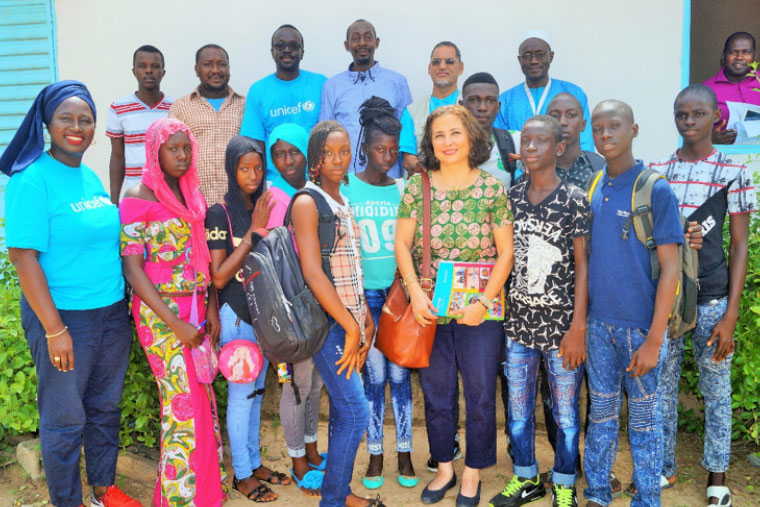 Children's Council of Bounkiling and UNICEF Representative in Senegal, Laylee Moshiri