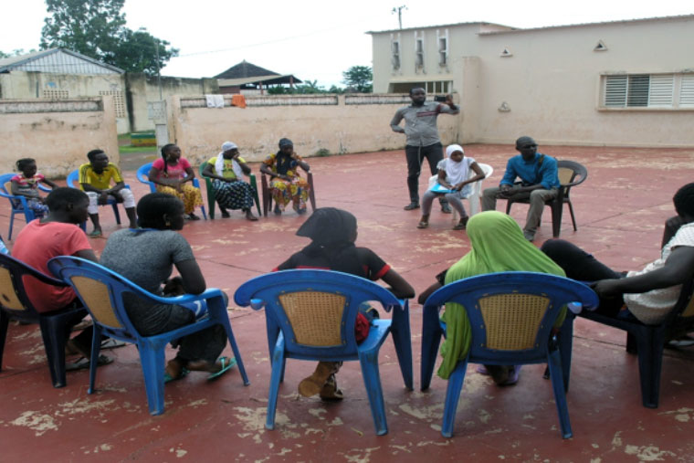 Workshop facilitatied by the members of the children's council in Kédougou